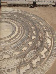 Anuradhapura - pierre de lune
