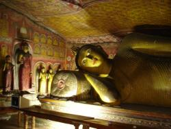 Dambulla - Bouddha couché parinirvana