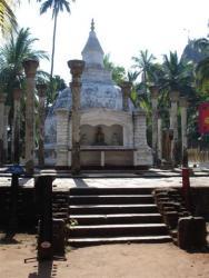 Mihintale - dagoba Ambasthala