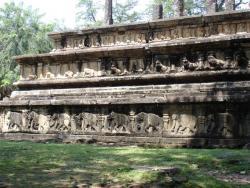 Polonnaruwa - bas relief de la Salle du Conseil
