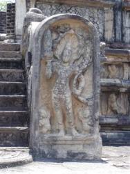 Polonnaruwa - vatadage gardien de seuil